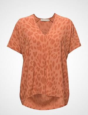 Rabens Saloner T-skjorte, Bright Leopard Blouse T-shirts & Tops Short-sleeved Oransje RABENS SAL R
