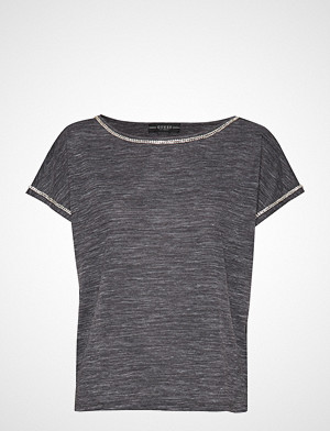 GUESS Jeans T-skjorte, Fanny Top T-shirts & Tops Short-sleeved Grå GUESS JEANS
