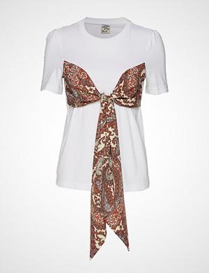 Baum Und Pferdgarten T-skjorte, Jannika T-shirts & Tops Short-sleeved Multi/mønstret BAUM UND PFERDGARTEN