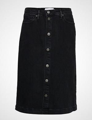 Tomorrow skjørt, Hepburn Denim Skirt Original Black Knelangt Skjørt Svart TOMORROW