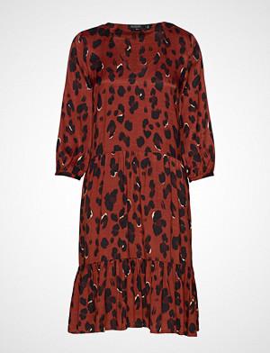 Soaked in Luxury kjole, Sl Maxwell Dress Knelang Kjole Rød SOAKED IN LUXURY