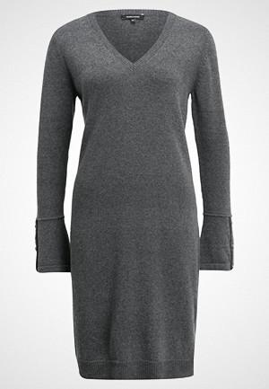 More & More kjole, Strikket kjole warm grey melange