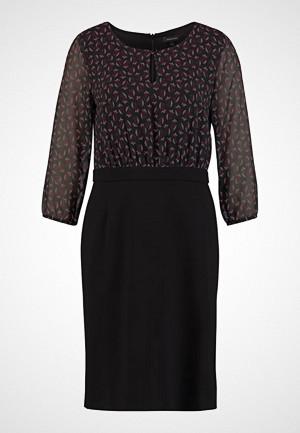 More & More kjole, Sommerkjole black multi