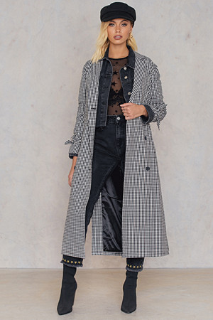 Andrea Hedenstedt x NA-KD kåpe, Checked Trenchcoat multicolor