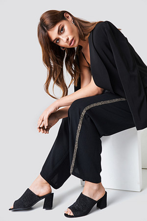 NA-KD Party bukse, Embellished Side Stripe Pants svart